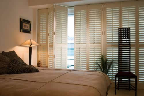 Relax with electric shutters electric window shutters - Electric window shutters interior ...